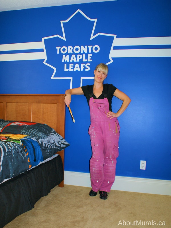 A Toronto Maple Leafs mural painted by Adrienne of AboutMurals.ca