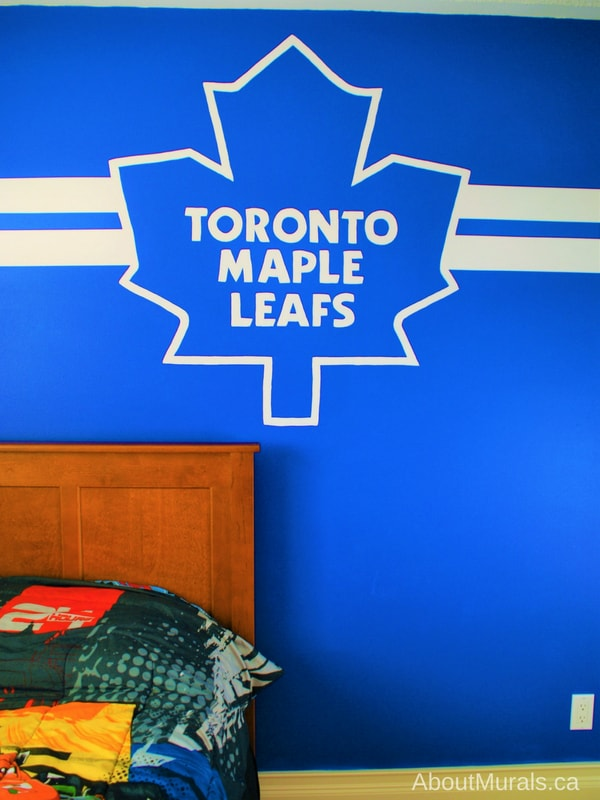 A Toronto Maple Leafs mural painted by Adrienne of AboutMurals.ca for a huge hockey fan