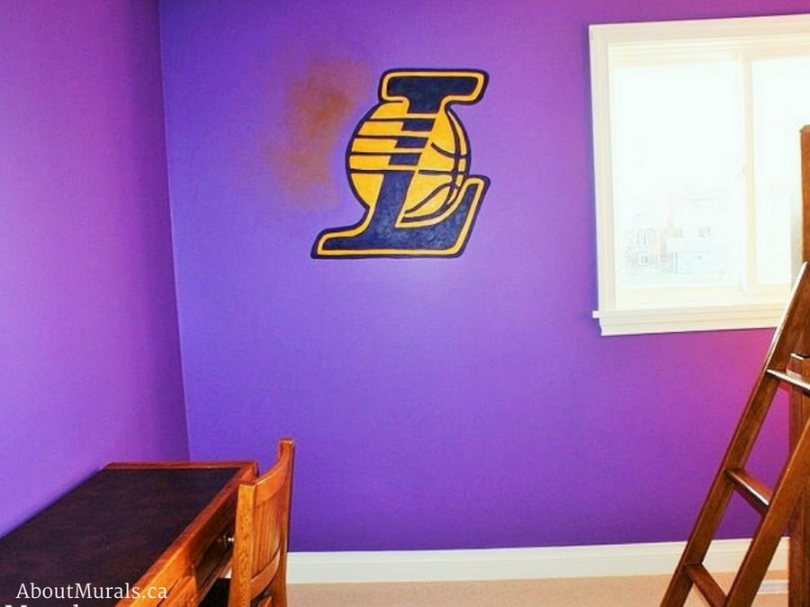A Lakers mural painted by Adrienne of AboutMurals.ca