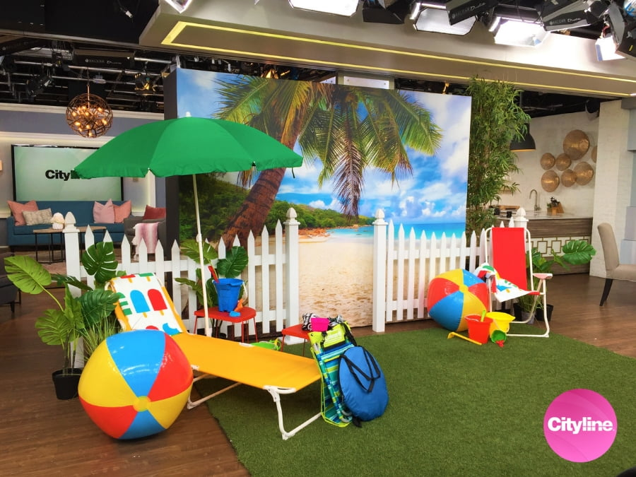 This beach wall mural, from AboutMurals.ca, was used on set at Cityline