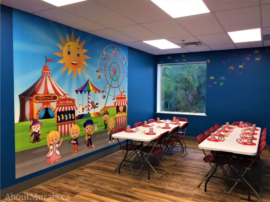 A carnival themed birthday party mural at The Pearl Hummingbird in Hamilton, ON.
